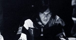 Rockerul canadian Neil Young vrea cetatenie americana pentru a vota in 2020